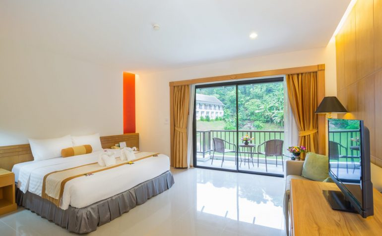 Tinidee Golf Resort@Phuket - deluxe room