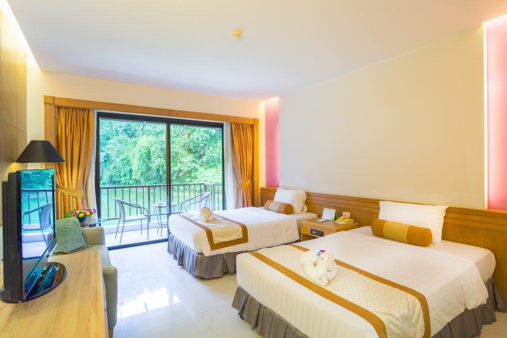 Tinidee Golf Resort@Phuket - superior bedroom