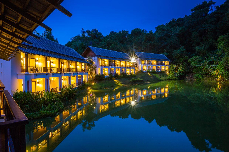 Tinidee Golf Resort@Phuket - Night view